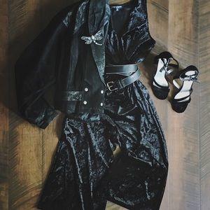 Black velvet One Love jumpsuit midi size M
